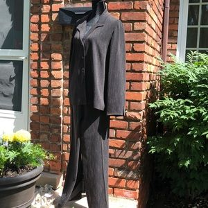 Jones New York suit size 16